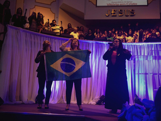 Pastor Elizete along with Solange and sister Jussara praying for the 2016 elections in Brazil(Priscilla Garcia, 2017)