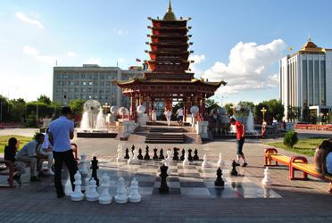 Buddhist Kalmykia - the chess capital of the world (Baasanjav Terbish, 2013)