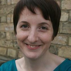 Dr Fiona  Wright