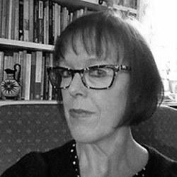 Dr Helen  Watson