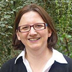 Dr Sandra  Brunnegger